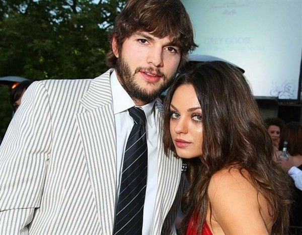 Ashton Kutcher wife Mila Kunis