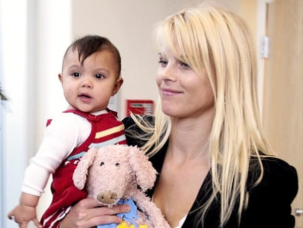 Tiger Woods daughter Sam with her mother Elin Nordegren