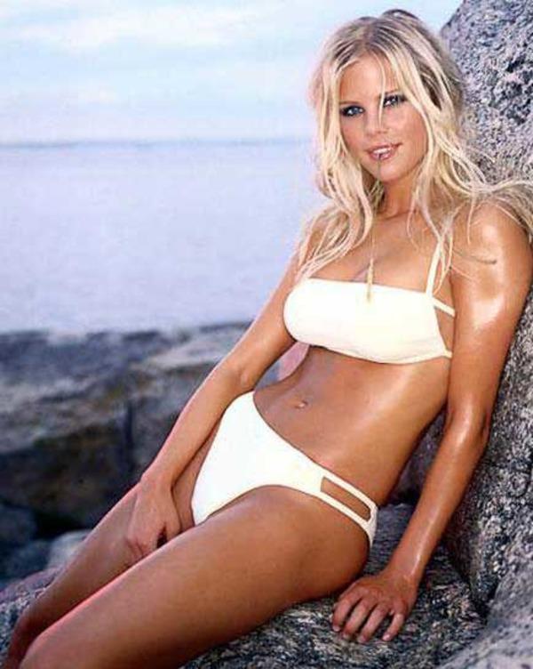 Elin Nordegren in bikini