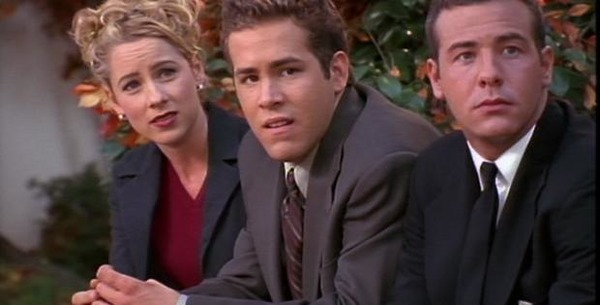 Traylor Howard, Ryan Reynolds, and Richard Ruccolo in Two Guys and a Girl