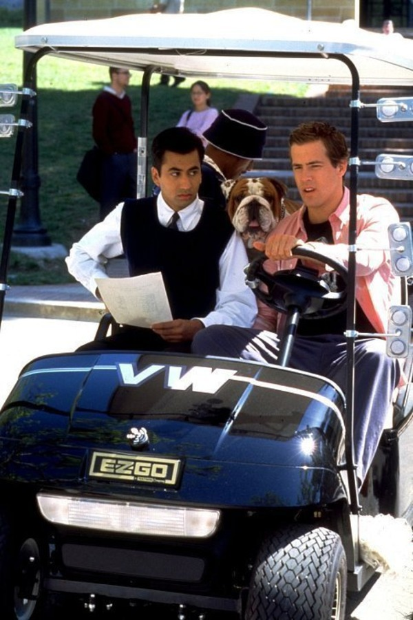 Ryan Reynolds and Kal Penn in Van Wilde