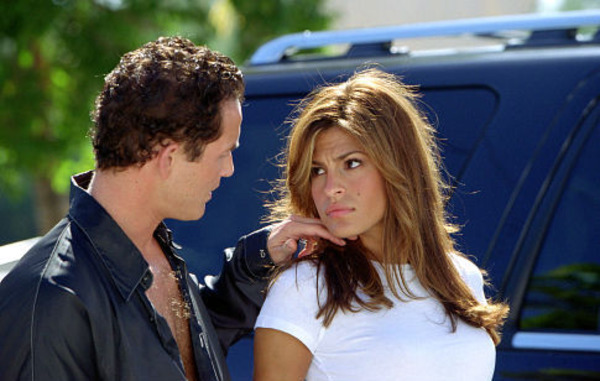 Cole Hauser and Eva Mendes in 2 Fast 2 Furious
