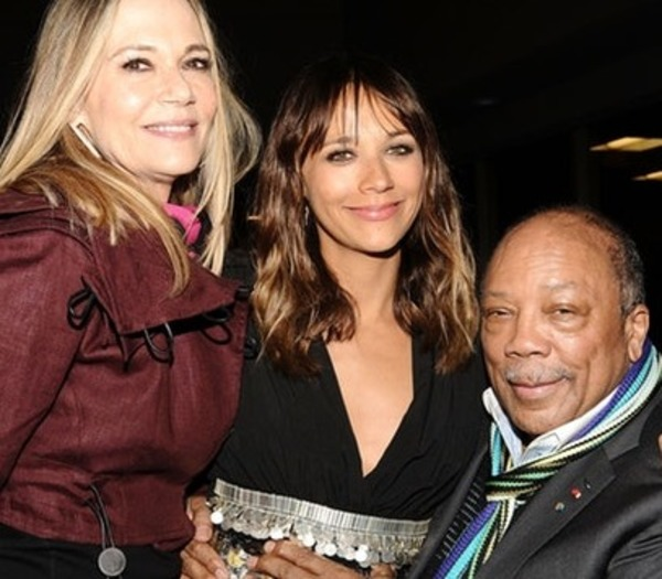 Rashida Jones Parents: How Did They Bring Up a Hollywood Kid?