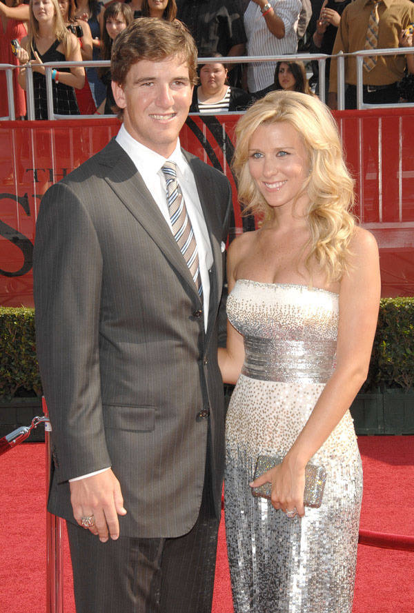 Eli Manning and Abby Mcgrew have been married since 2009