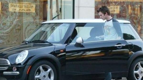 Elijah Wood car