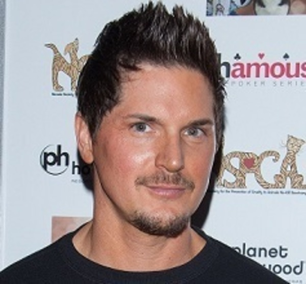 How rich is Zak Bagans?