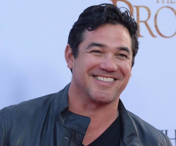 How rich is Dean Cain?