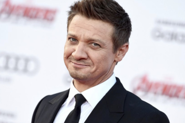 How rich is Jeremy Renner?