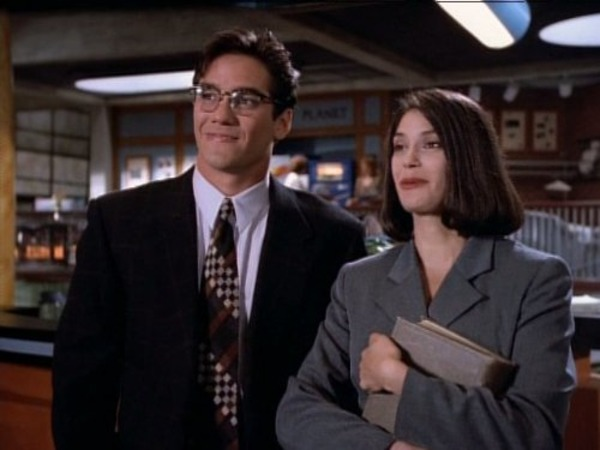 Teri Hatcher and Dean Cain in Lois & Clark