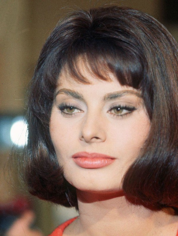 Sophia Loren biography