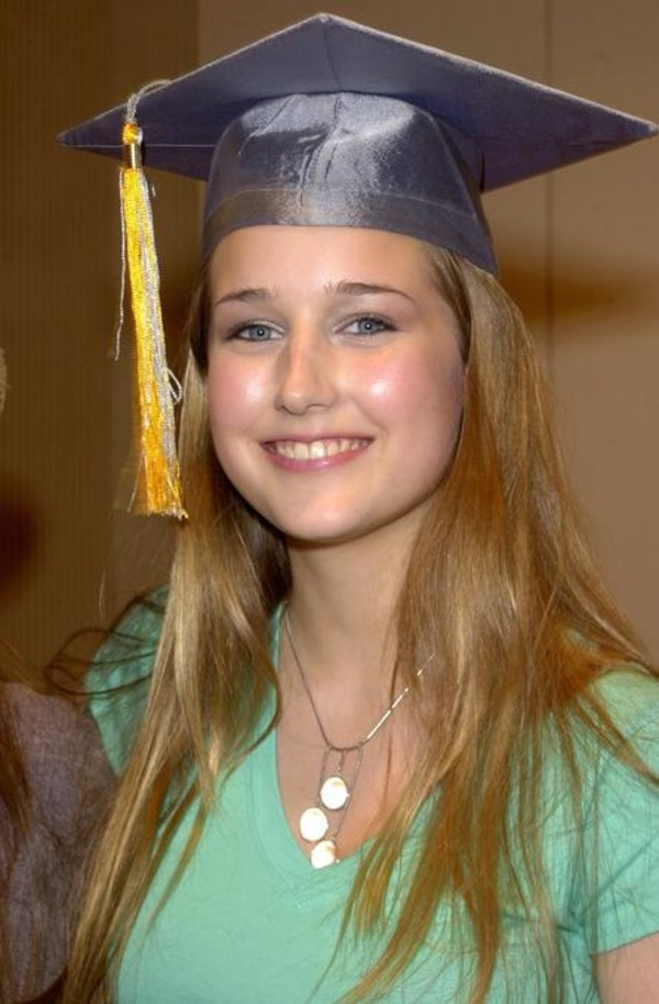 Leelee Sobieski biography facts