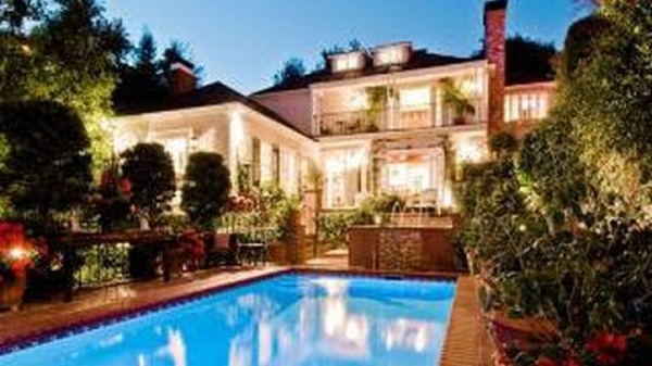 Joaquin Phoenix house