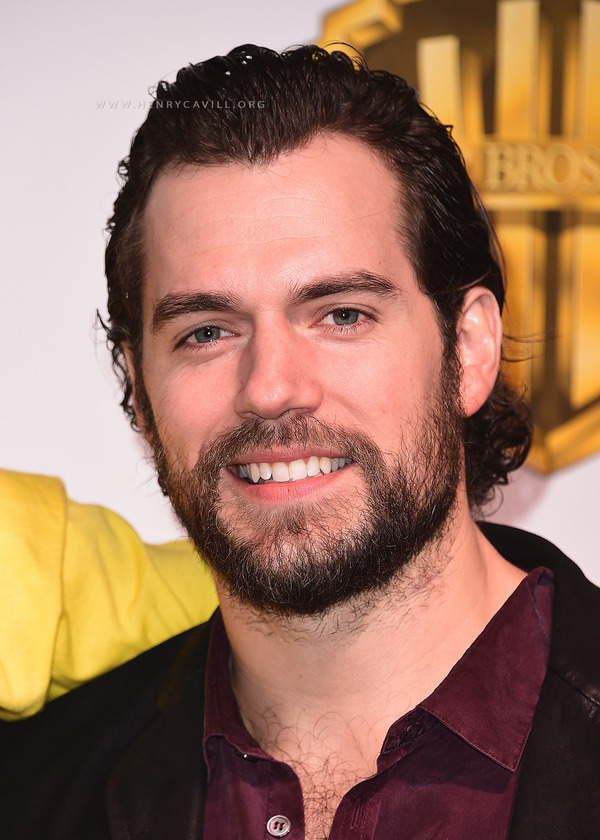 How rich is Henry Cavill?