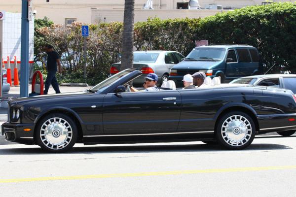 Mark Wahlberg car (Bentley Azure)
