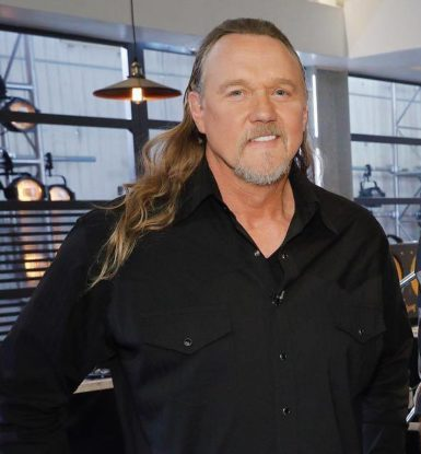 Trace Adkins biography